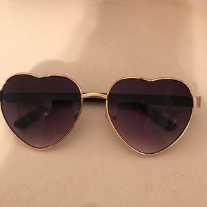 Accessories - Heart Shaped Sun Glasses